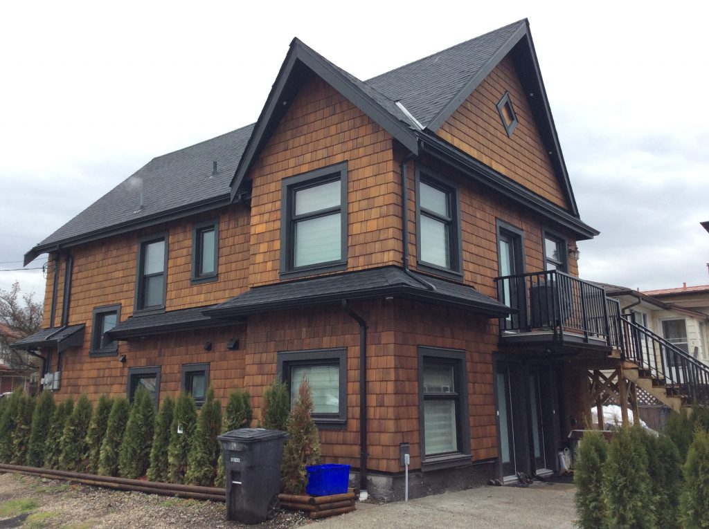 Siding project completed by 8 Diamonds Siding